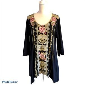 Johnny Was Black Embroidered Tunic Size Large